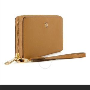 Tory Burch Bags - Tory Burch Perry ZIP Continental Wallet